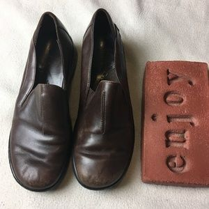 Clarks Brown Leather Slip-On Wedge Shoes Loafers